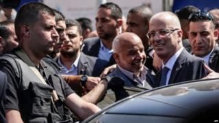 फ़लस्तीन के प्रधानमंत्री रमी हमदुल्लाह ने हमले के बाद गज़ा में आयोजित एक कार्यक्रम में हिस्सा लिया