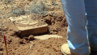 Anti-vehicle mine