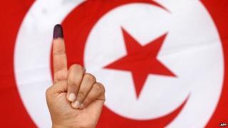Cod bixinta doorashada Golayaasha Deegaannada Dalka Tuniisiya