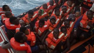Inmigrantes rescatados en Lampedusa, Italia