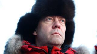 آقای مدودیف از نزدیکترین یاران ولادیمیر پوتین، رئیسجمهوری محسوب میشود