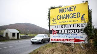 A car crosses the Irish border