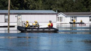 """Последствия урагана """"Мэтью"""" в Северной Каролине"""