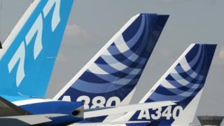 Літаки Airbus і Boeing на авіасалоні