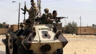 Sejak beberapa tahun, militer Mesir telah melancarkan berbagai operasi anti-teror di Semenanjung Sinai.