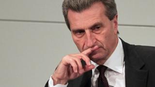 Günther Oettinger, le commissaire au budget de l'Union européenne, est dubitatif quand au début des négociations pour le Brexit