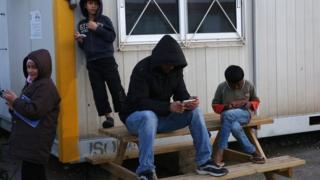 لاجئون سوريون في اليونان