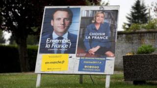 Bwana Macron ashyigikiye umuryango w'Uburayi EU, Madamu Le Pen ashaka ko Ubufaransa buwuvamo.