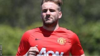 Mai tsaron gidan Manchester United, Luke Shaw