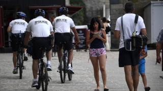 полицейский патруль во Франции