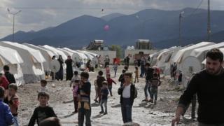 Syrian refugees in camp in Islahiye, Turkey, on 16 March 2016