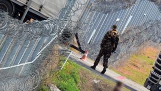 Sınır devriyesi yapan bir Macar askeri