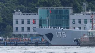 銀川號在昂船洲海軍基地內(7/7/2017)