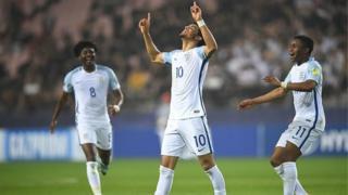 C'est une revanche pour les Anglais qui s'étaient inclinés il y a un an contre les Italiens, en demi-finale de l'Euro U19.
