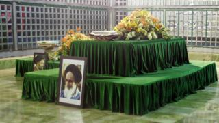 Intatemwa ya Ayatollah Ruhollah Khomeini mu bumanuko bwa Tehran (2009)