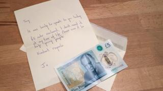 Mystery Irish benefactor's note to gallery over £50k five pound note