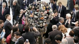 Almanya'nın Baden-Baden şehrinde bir araya gelen G20 maliye bakanları