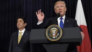 Ông Trump khẳng định với Nhật rằng 'Mỹ đứng sau Nhật, đồng minh lớn, 100%'