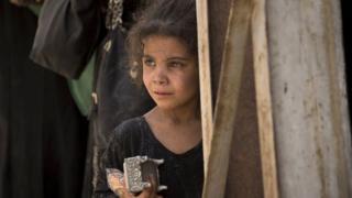 Musul'da kız çocuğu