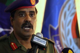 Human Right Watch, accuse les forces de l'armée nationale libyenne de graves violations des droits de l'homme et de crimes de guerres l'homme à Benghazi.