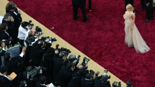Naomi Watts at the 2006 Oscars