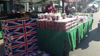 Strawberry sellers in Hinckley