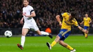Paulo Dybala lokacin da ya ci Tottenham ta biyu