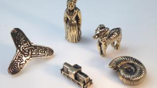 Artefacts cast in gold