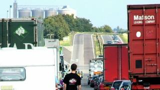 Traffic queues on A14 near Bury St Emdunds