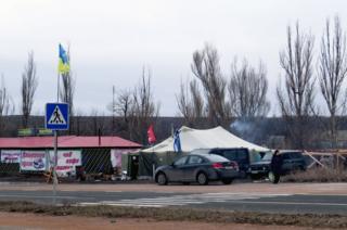 Блокпост учасників блокади на трасі Донецьк-Маріуполь