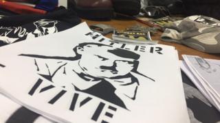 Panfletos apreendidos pela polícia