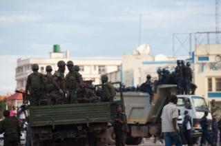 D'après l'organisation, le but de ces arrestations était d'empêcher les manifestations de l'opposition lundi.