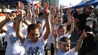 Imyiyerekano muri Libani y'abashigikiye impfungwa z'abanyepalestine bari barisonzesheje