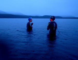 f Karan Hodgson (left) and Emma Sinclair (right) just before they took the plunge into Loch Morlich.