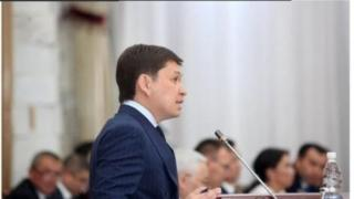 Сапар Исаков УКМКга чакыртууну саясий куугунтук катары баалады