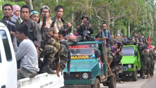 Moro İslami Kurtuluş Ordusu militanları