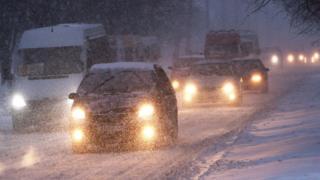 Север и Запад Украины страдают от снегопадов