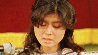 1988年的金賢姬在韓國漢城的一個記者會上承認放置炸彈