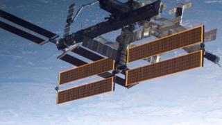 إحدى محطات الفضاء