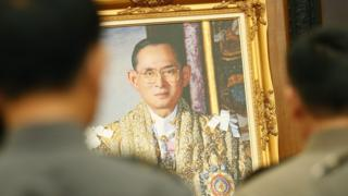 Thai well-wishers praying for the health and a swift recovery for King Bhumibol Adulyadej , Feb 2016