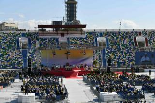 Pope Francis says Mass in Tbilisi, 1 October
