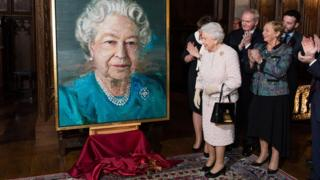 The Queen unveiled the portrait at a Co-Operation Ireland reception in London on Tuesday evening