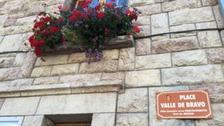 Plaza Valle de Bravo, Barcelonnette