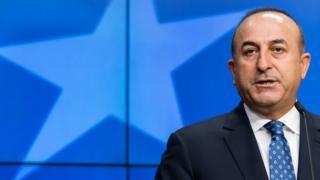 Mevlüt Çavuşoğlu, Brüksel'de AB Konseyi'nde konuşuyor.