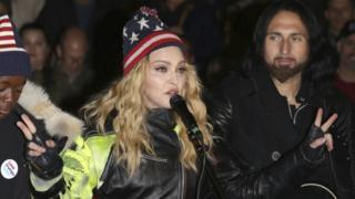 Madonna seçim öncesinde Clinton için destek konseri vermişti