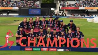 """England celebrate after winning the ICC Women""""s World Cup 2017 Final between England and India at Lord""""s Cricket Ground on July 23, 2017 in London, England"""
