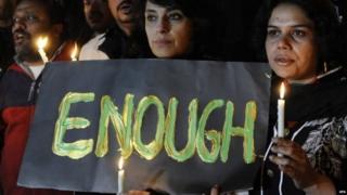पाकिस्तानी लोग चाहते हैं कि सरकार चरमपंथ पर लगाम कसे.