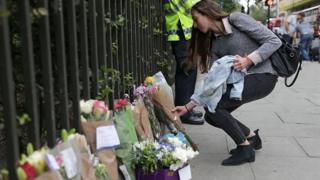 観光客が刺殺された中心部ラッセル広場。