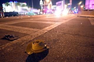 Un sombrero en la calle de Las Vegas, Nevada.