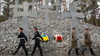 польское военное кладбище в поселке Быковня под Киевом